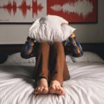 起床時の目の疲れの原因はドライアイ?対策は目薬よりも眼軟膏が良い◎